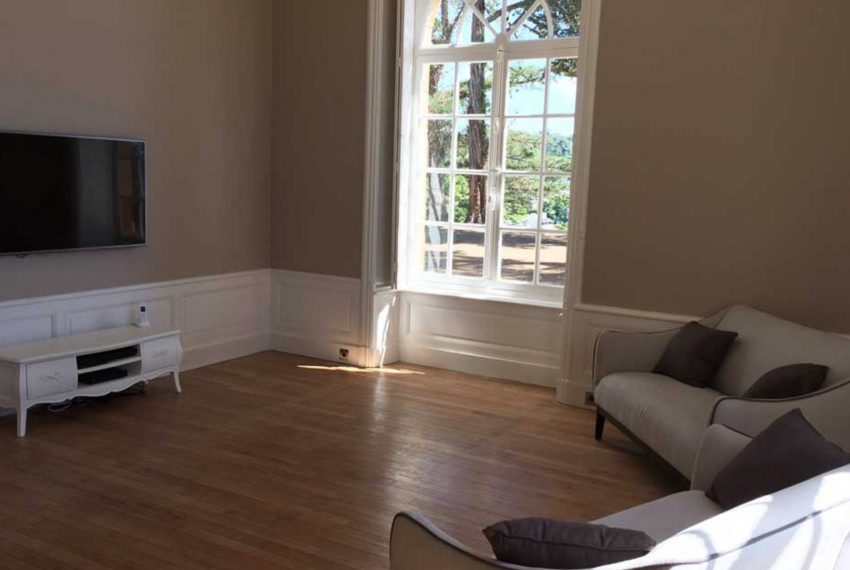 00009-luxe-apartmentsrentals-Beautiful-castle-for-rent-in-Brittany-Finistere