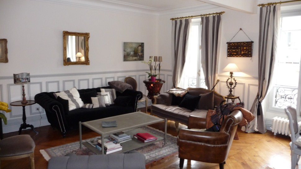 CHAMPS ELYSEES LUXURY APARTMENT