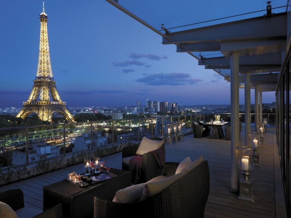 THE BEST VIEW OF PARIS APARTMENT
