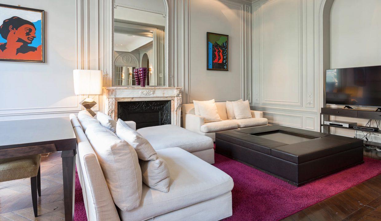 00007-exclusive-apartment-paris-for-10
