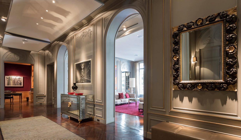 00017-exclusive-apartment-paris-for-10