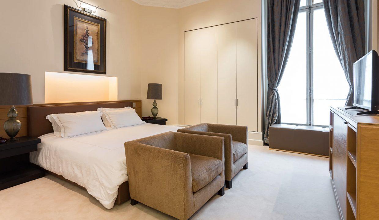 00019-exclusive-apartment-paris-for-10