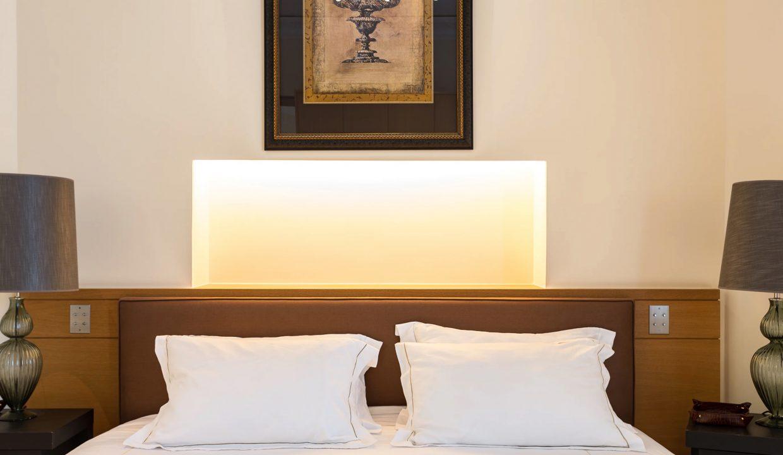 00020-exclusive-apartment-paris-for-10