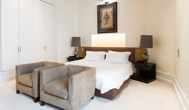 00021-exclusive-apartment-paris-for-10
