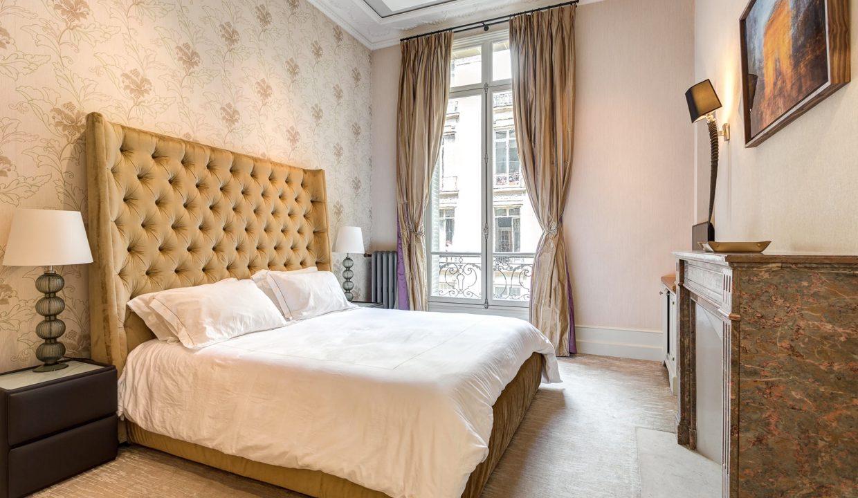 00026-exclusive-apartment-paris-for-10