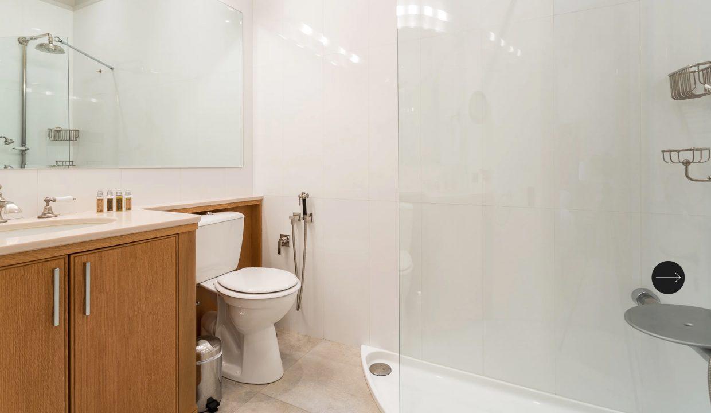 00031-exclusive-apartment-paris-for-10