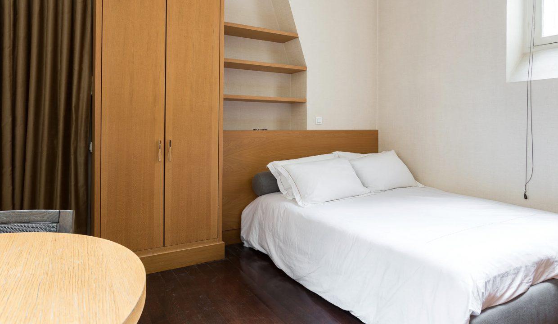 00036-exclusive-apartment-paris-for-10