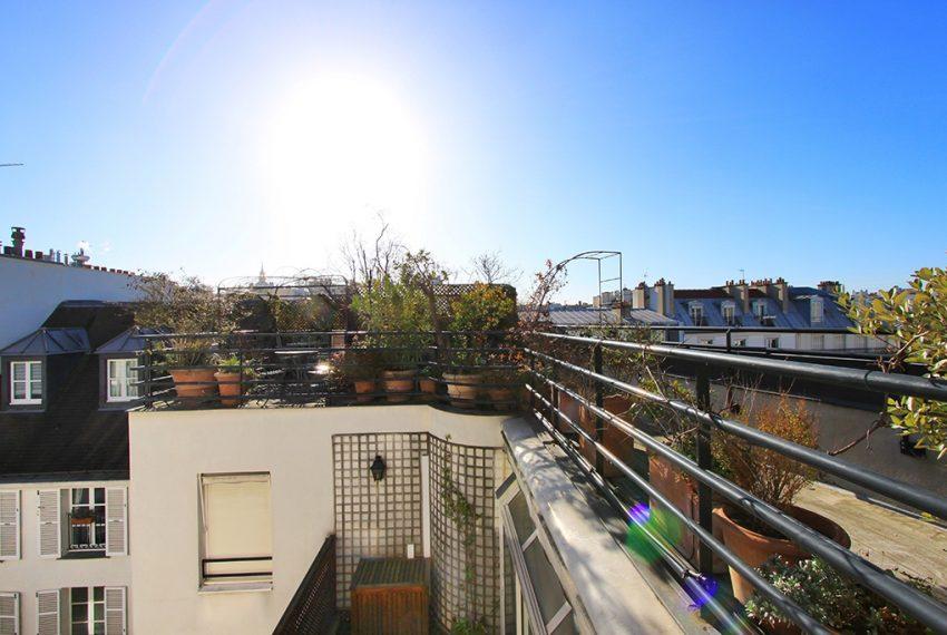 26982-eiffel-tower-terrace