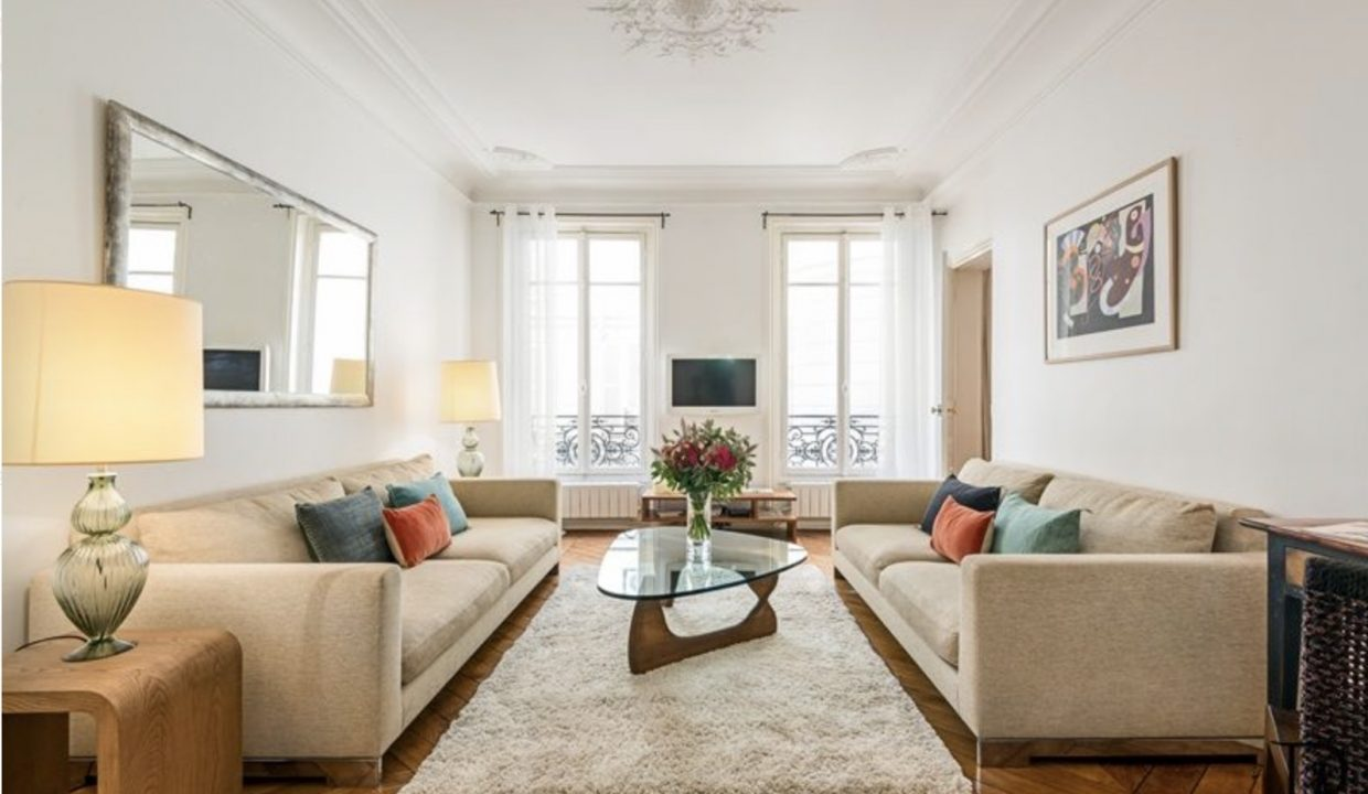 00003-SAINT-GERMAINS-DES-PRES-LUXURY-2-BEDROOMS