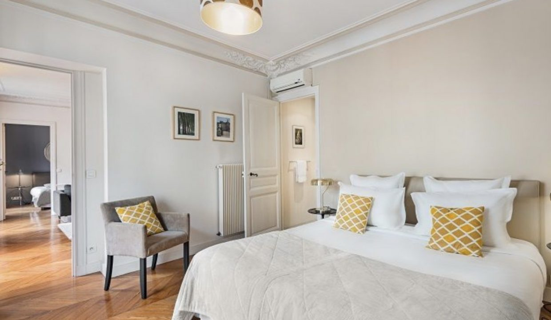 00015-SAINT-GERMAIN-LUXURY-3-BEDROOMS