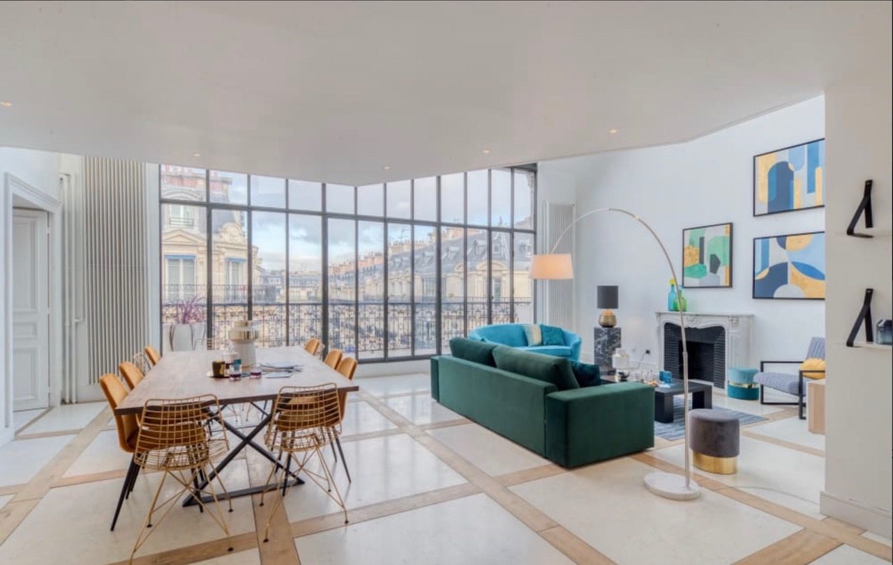 GEORGES V LUXURY TERRACED SHOWROOM APARTMENT  PARIS