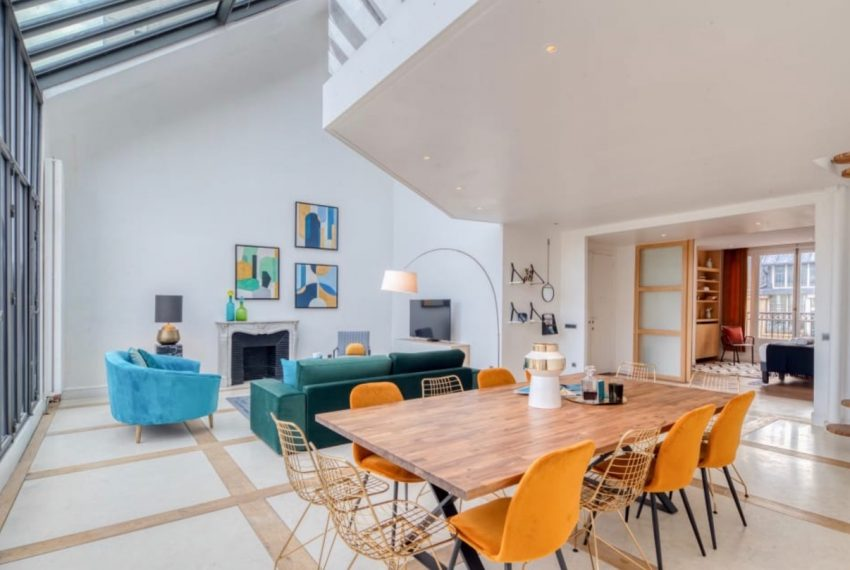 00003-GEORGES-V-LUXURY-TERRACED-APARTMENT-PARIS-