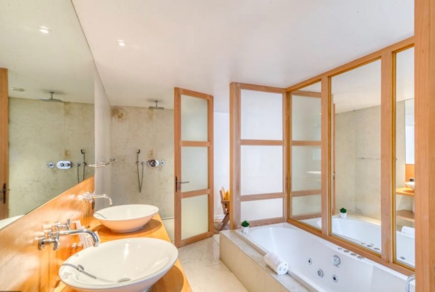 00008-GEORGES-V-LUXURY-TERRACED-APARTMENT-PARIS-