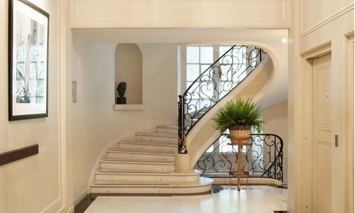 00012-luxury-private-mansion-in-paris