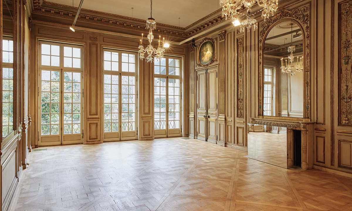 00013-luxury-private-mansion-in-paris