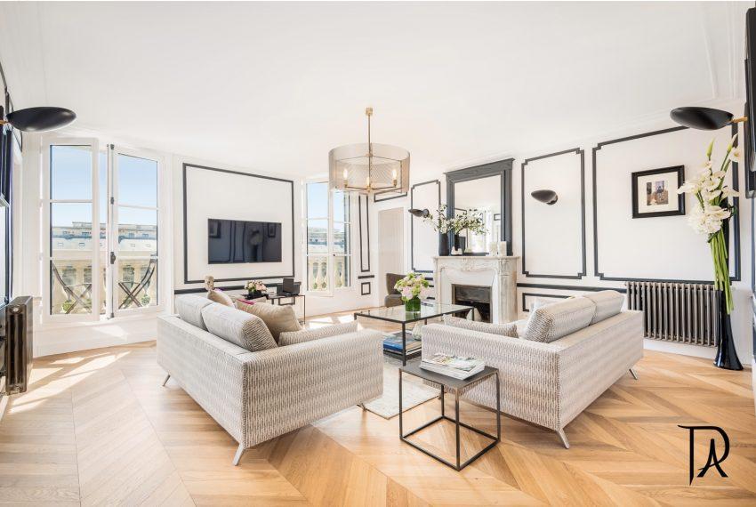 00001-palais-royal-extraordinary-apartment