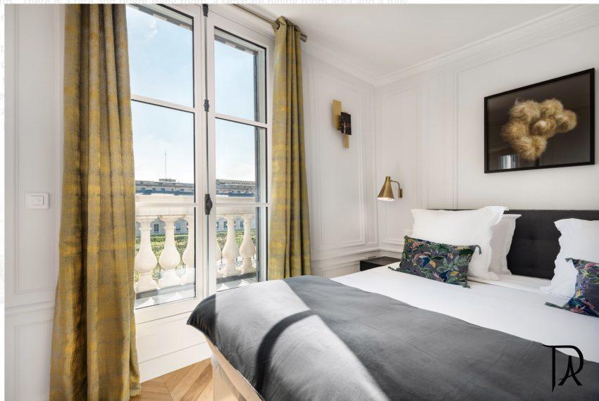00011-palais-royal-extraordinary-apartment