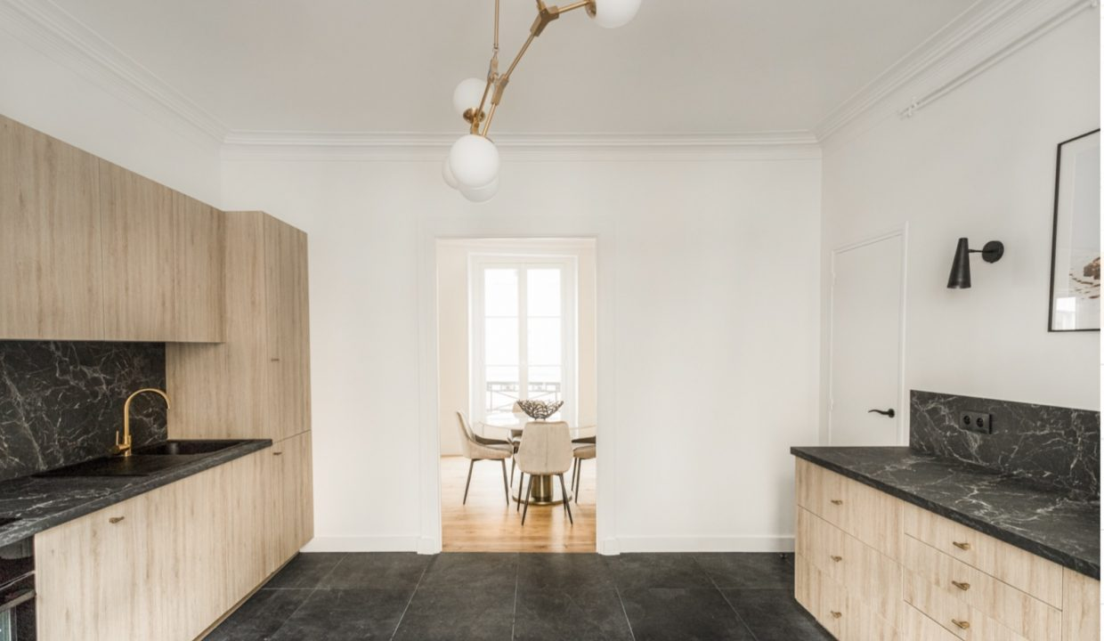 00006-MODERN-CHIC-IN-THE-HEART-OF-THE-MARAIS