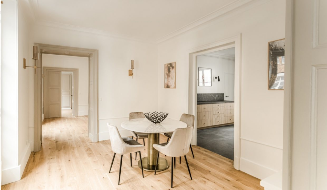 00007-MODERN-CHIC-IN-THE-HEART-OF-THE-MARAIS