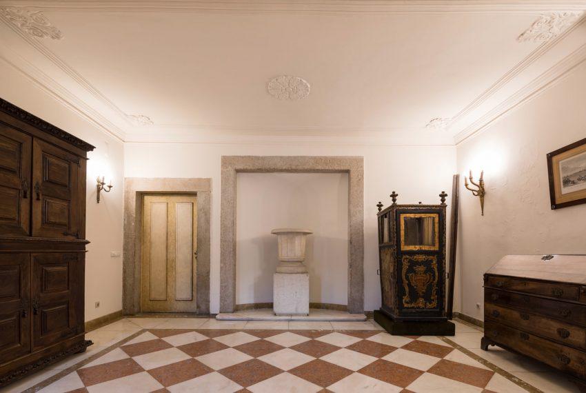 00068LUXURY-XVIIIth-CENTURY-PALACE-LISBON