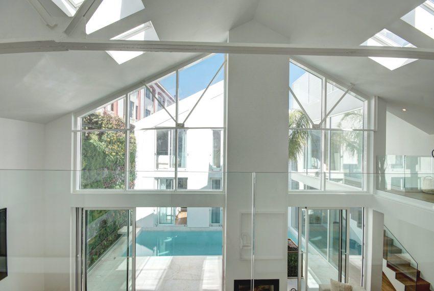 00001-luxe-apartmentsrentals-luxury-loft-480M2-in-trendy-Lisbonne-