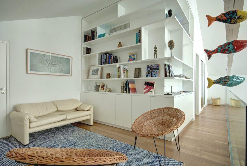 00002-luxe-apartmentsrentals-luxury-loft-480M2-in-trendy-Lisbonne-