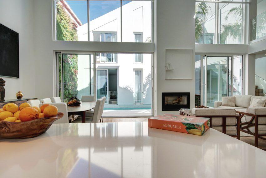 00008-luxe-apartmentsrentals-luxury-loft-480M2-in-trendy-Lisbonne-