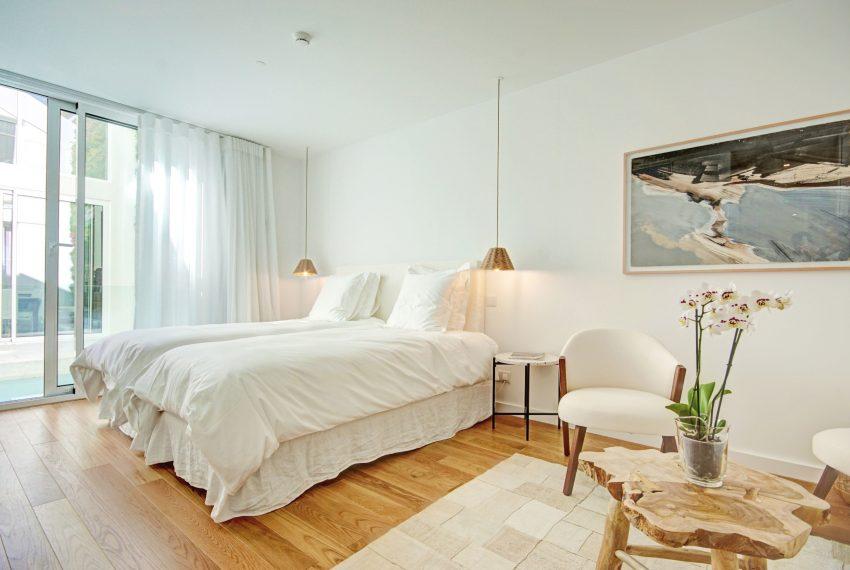 00021-luxe-apartmentsrentals-luxury-loft-480M2-in-trendy-Lisbonne-
