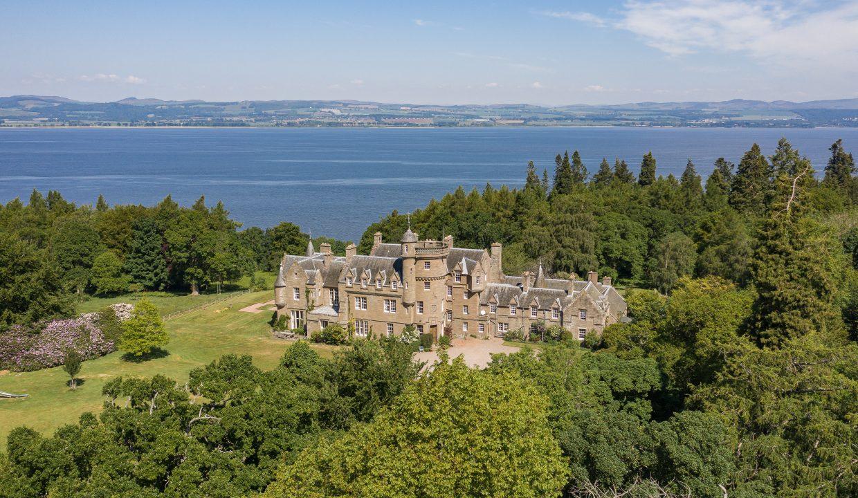 00032-scottish-castle-luxury-rental