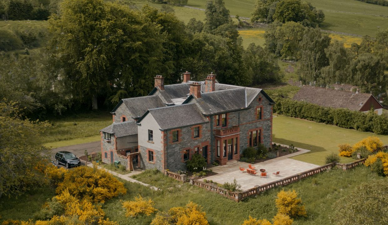 00030-luxury-castle-perthshire-luxe-apartmentsrentals