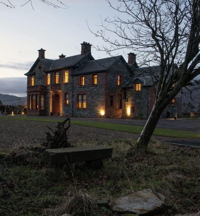 00040-luxury-castle-perthshire-luxe-apartmentsrentals