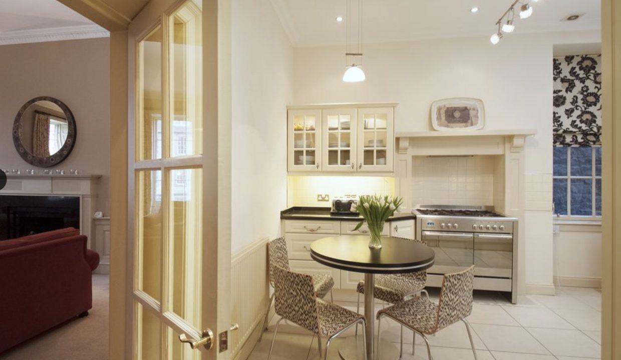 00004-LUXURY-APARTMENT-IN-CENTRAL-EDINBURGH