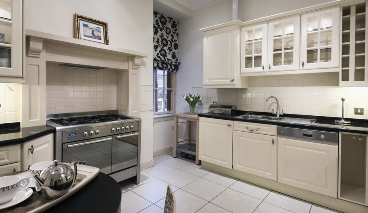 00005-LUXURY-APARTMENT-IN-CENTRAL-EDINBURGH