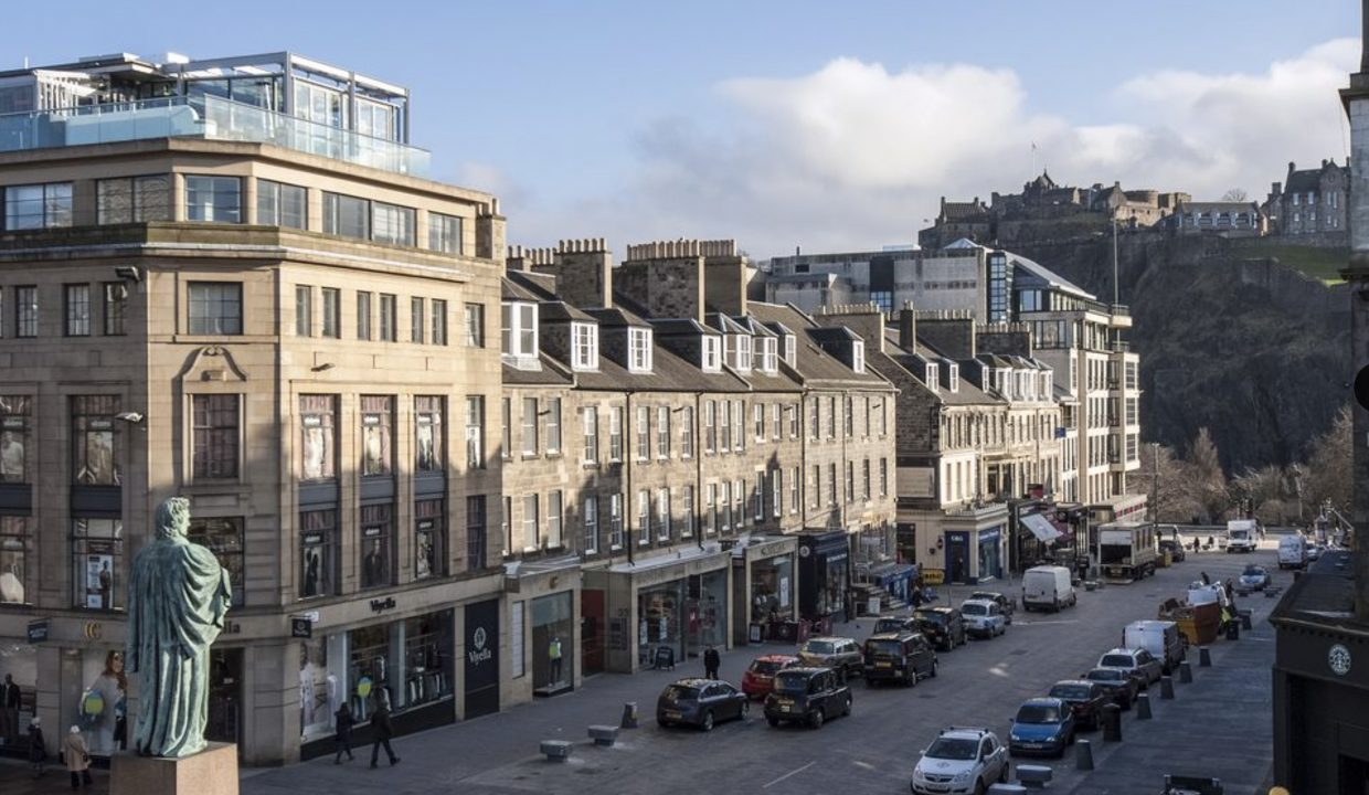 00014-LUXURY-APARTMENT-IN-CENTRAL-EDINBURGH