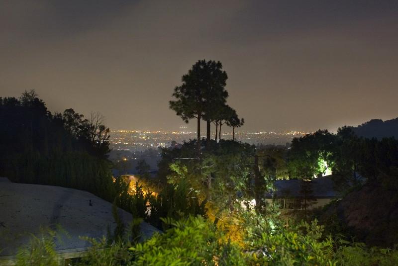 sc_CALIFORNIA-HOLLYWOOD-LUXURY-MODERN-VILLA_19