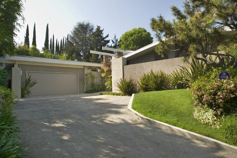 sc_CALIFORNIA-HOLLYWOOD-LUXURY-MODERN-VILLA_20