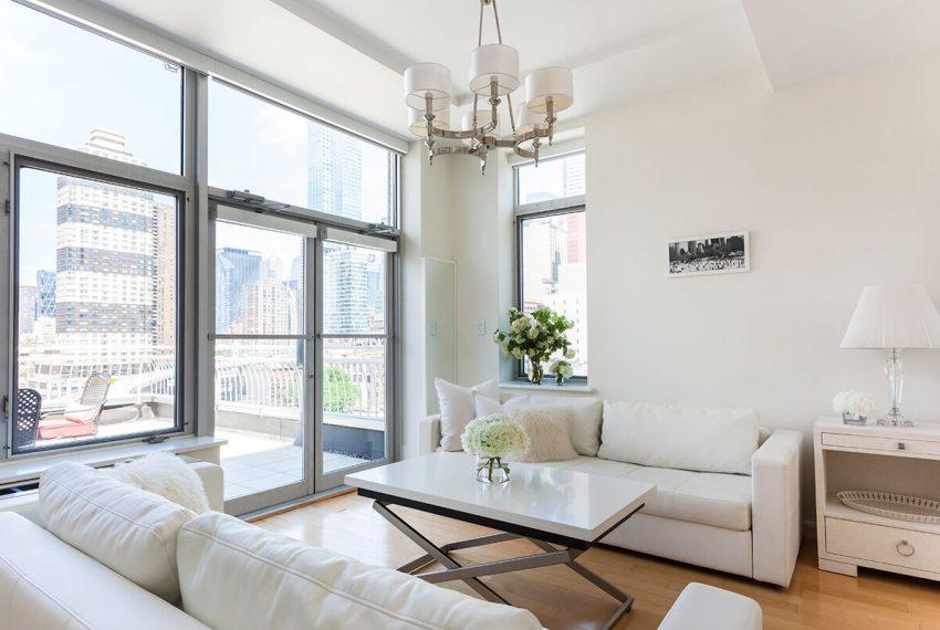 002Central-Park-Apartment-Rental