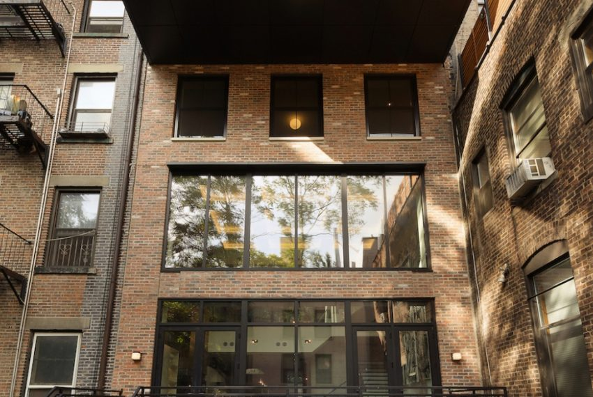 00001-luxe-apartmentsrentals-5-Bedroom-townhouse-in-Hells-Kitchen-NYC