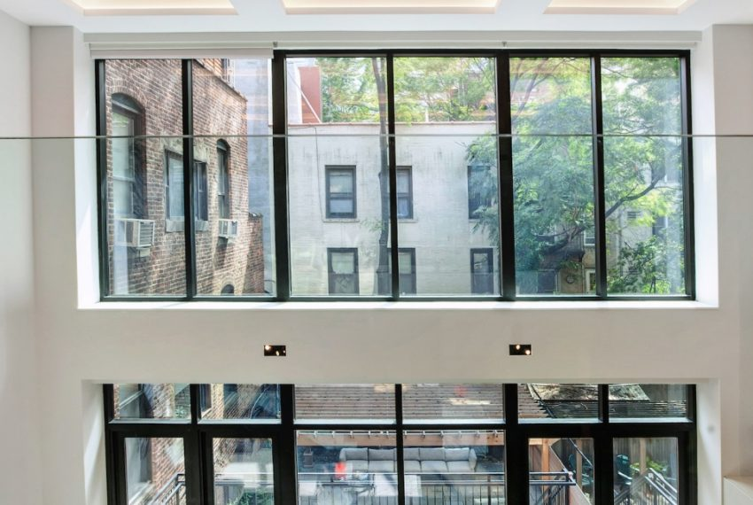 00007-luxe-apartmentsrentals-5-Bedroom-townhouse-in-Hells-Kitchen-NYC