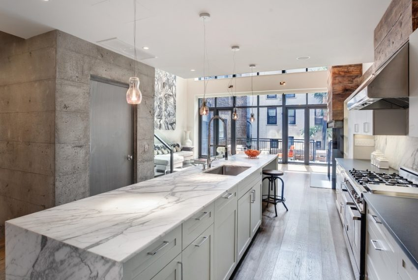 00008-luxe-apartmentsrentals-5-Bedroom-townhouse-in-Hells-Kitchen-NYC