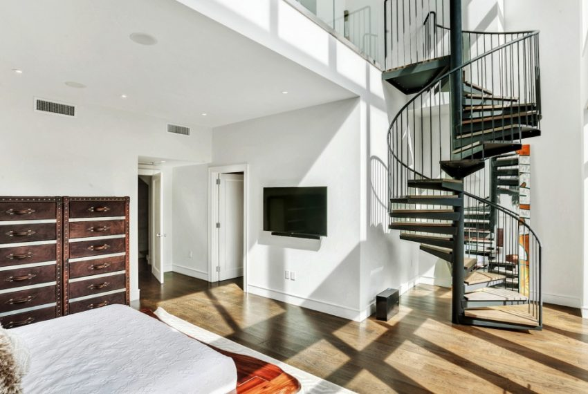 00012-luxe-apartmentsrentals-5-Bedroom-townhouse-in-Hells-Kitchen-NYC