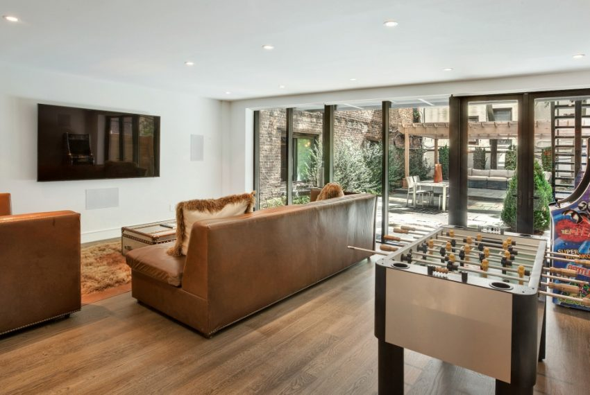 00019-luxe-apartmentsrentals-5-Bedroom-townhouse-in-Hells-Kitchen-NYC