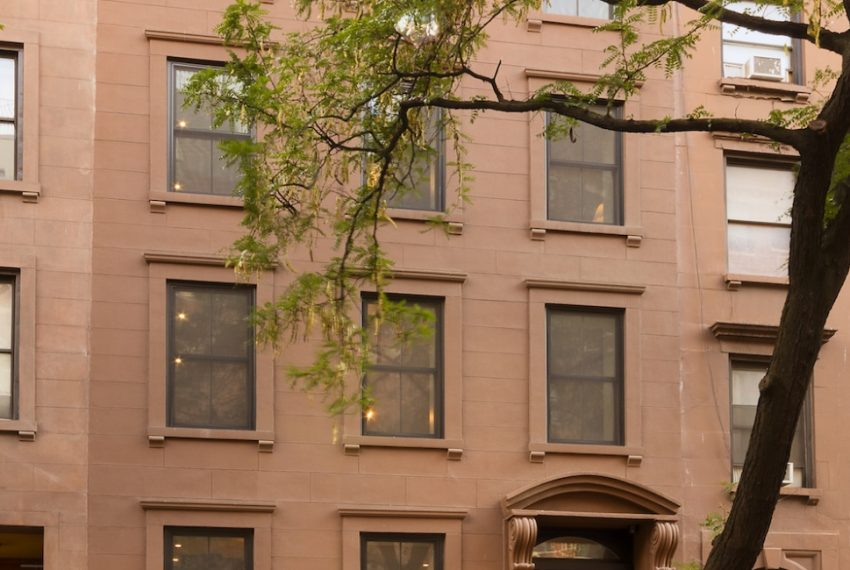 00029-luxe-apartmentsrentals-5-Bedroom-townhouse-in-Hells-Kitchen-NYC